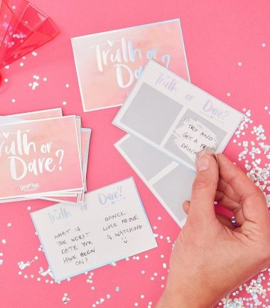 TRUTH OR DARE HEN PARTY GAME - BRIDE TRIBE